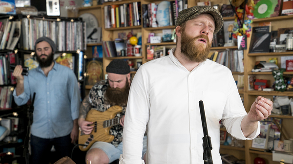 Alex Clare: Tiny Desk Concert (Video)